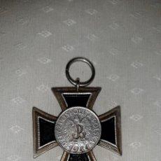Militaria: MEDALLA CRUZ DE HIERRO LEVANTAMIENTO DE VARSOVIA 1944. Lote 292387198