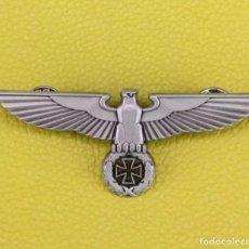Militaria: PIN ALEMANIA NAZI - III REICH - ÁGUILA ALEMANA CON ESVÁSTICA. Lote 293143313