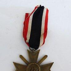 Militaria: CRUZ AL MÉRITO DE GUERRA. KVK. MARCA 56. Lote 293896828