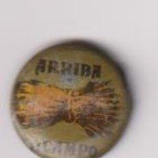 Militaria: PIN. GUERRA CIVIL. ARRIBA EL CAMPO. Lote 295658143