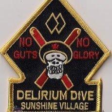 Militaria: PARCHE EMBLEMA ESCUDO BOMBERO BOMBEROS CANADA DELIRIUM DIVE SUNSHINE VILLAGE SCUBA SUBMARINISTA . Lote 52072452