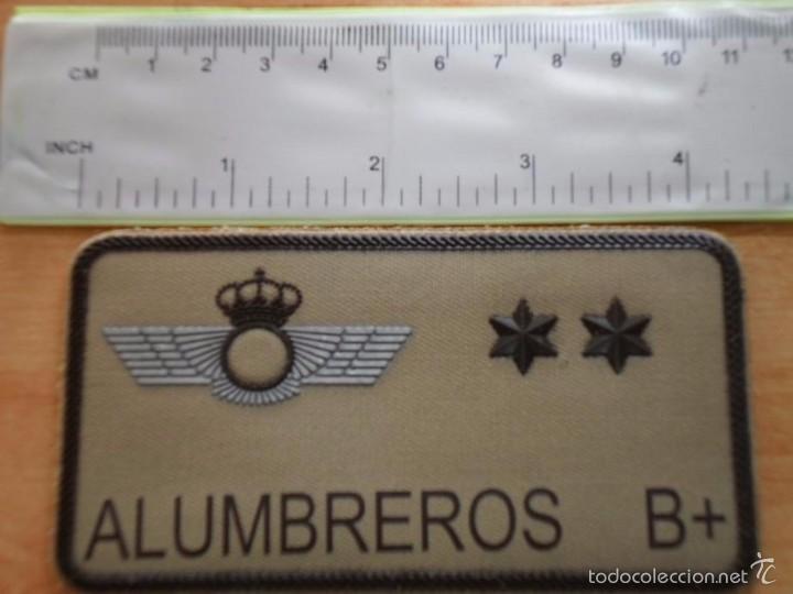 PARCHE EMBLEMA MILITAR EJERCITO AIRE PILOTO ALUMBREROS AAA (Militar - Parches de tela )