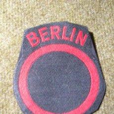 Militaria: RARO PARCHE DE LA GUARNICIÓN BRITANICA DE BERLIN. GUERRA FRIA.. Lote 63032856