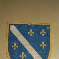 Militaria: PARCHE DE FUERZAS ARMADAS BOSNIA -HERZEGOVINA AÑOS 90. Lote 75648375