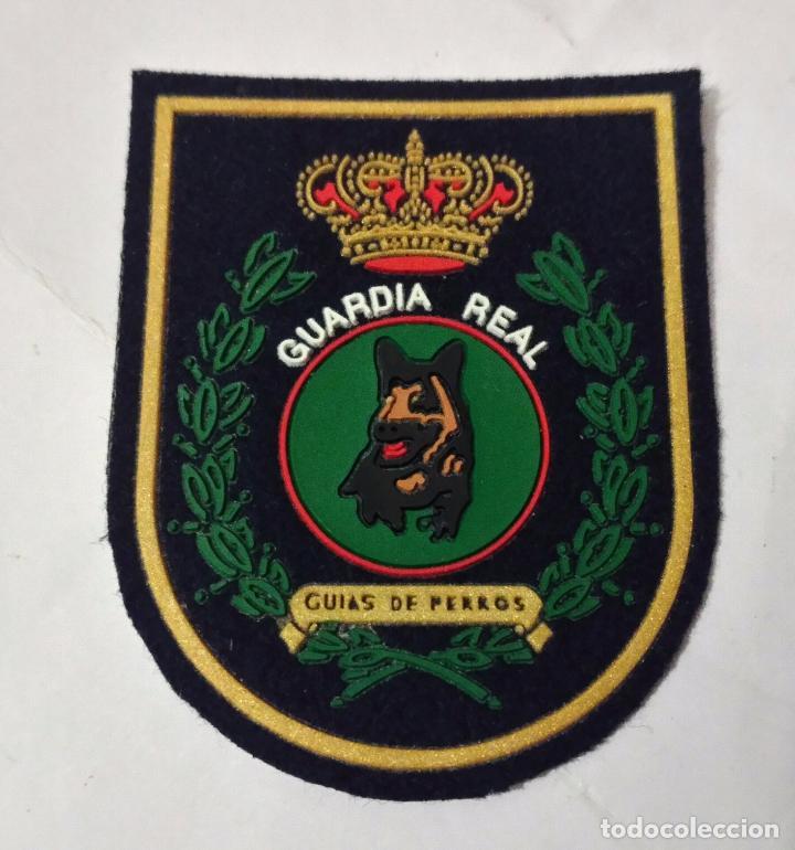 PARCHE GUARDIA REAL, UNIDAD CANINA,GUIAS DE PERROS, 7,5X6, (Militar - Parches de tela )