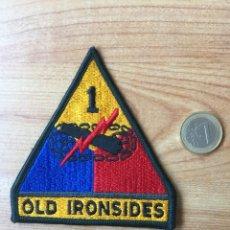 Militaria: PARCHE 1º DE CARROS DE COMBATE. OLD IRONSIDES. USA US ARMY (BASE DE ALEMANIA). ORIGINAL AÑOS 70. USA. Lote 121914679