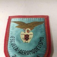 Militaria: PARCHE ORIGINAL ESCUELA DE AEROMODELISMO DE ZARAGOZA, AÑOS 40.. Lote 122305351