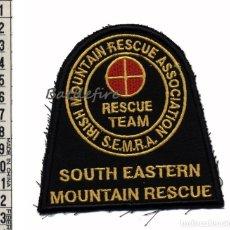 Militaria: IRISH MOUNTAIN RESCUE ASSOCIATION S.E.M.R.A. RESCUE TEAM - IRLANDA - PARCHE RESCATE MONTAÑA. Lote 155106033