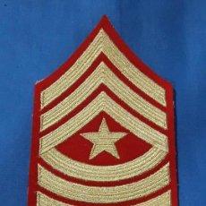 Militaria: ANTIGUO PARCHE MILITAR BORDADO. Lote 132426666