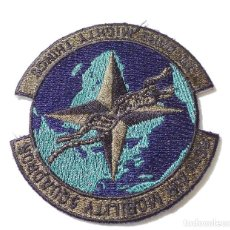 Militaria: PACHE MILITAR, AMERICANO - 86TH AIR MOBILITY SQUADRON TO DARE MIGHTY THINGS. Lote 132523146
