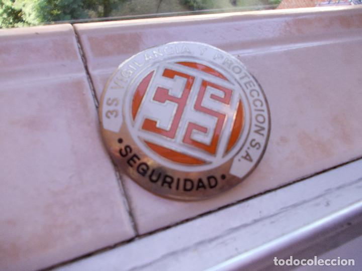 ESCUDO DE METAL DE SEGURIDAD PRIVADA (Militaria - Patches)