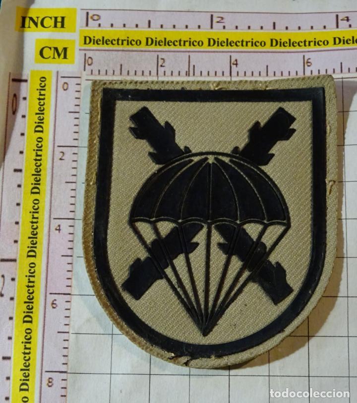 PARCHE MILITAR. EJÉRCITO ESPAÑOL. BANDERA PARACAIDISTA BRIPAC (Militar - Parches de tela )
