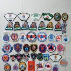 Militaria: 53 PARCHES DE PROTECCIÓN CIVIL DE ESPAÑA. Lote 156812733