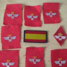Militaria: LOTE DE 9 PARCHES, DE ELLOS 1 BANDERA DE BRAZO, 7 ROMBOS CORONA MURAL Y 1 ROMBO CORONA REAL. Lote 165095074