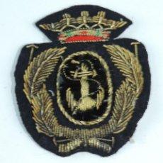 Militaria: EMBLEMA DE MARINA DE GUERRA ESPAÑOLA, REALIZADAS EN HILO DE ORO. EPOCA DE FRANCO. MIDE 7 X 5,5 CMS.. Lote 165923606