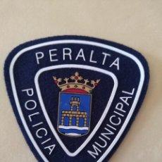 Militaria: PARCHE POLICIA LOCAL MUNICIPAL DE PERALTA , NAVARRRA . EMBLEMA, ESCUDO POLICIAL. Lote 172027635