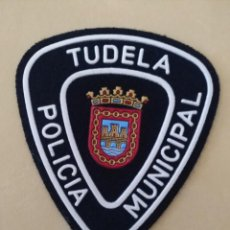 Militaria: PARCHE POLICIA LOCAL MUNICIPAL TUDELA (NAVARRA). EMBLEMA, ESCUDO POLICIAL. Lote 172028093