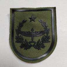 Militaria: PARCHE EMBLEMA FAMET CUARTEL GENERAL SIN CORONA VERDE. Lote 172624342