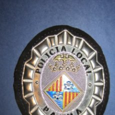 Militaria: EMBLEMA DE PECHO POLICIA LOCAL PALMA.. Lote 172643228