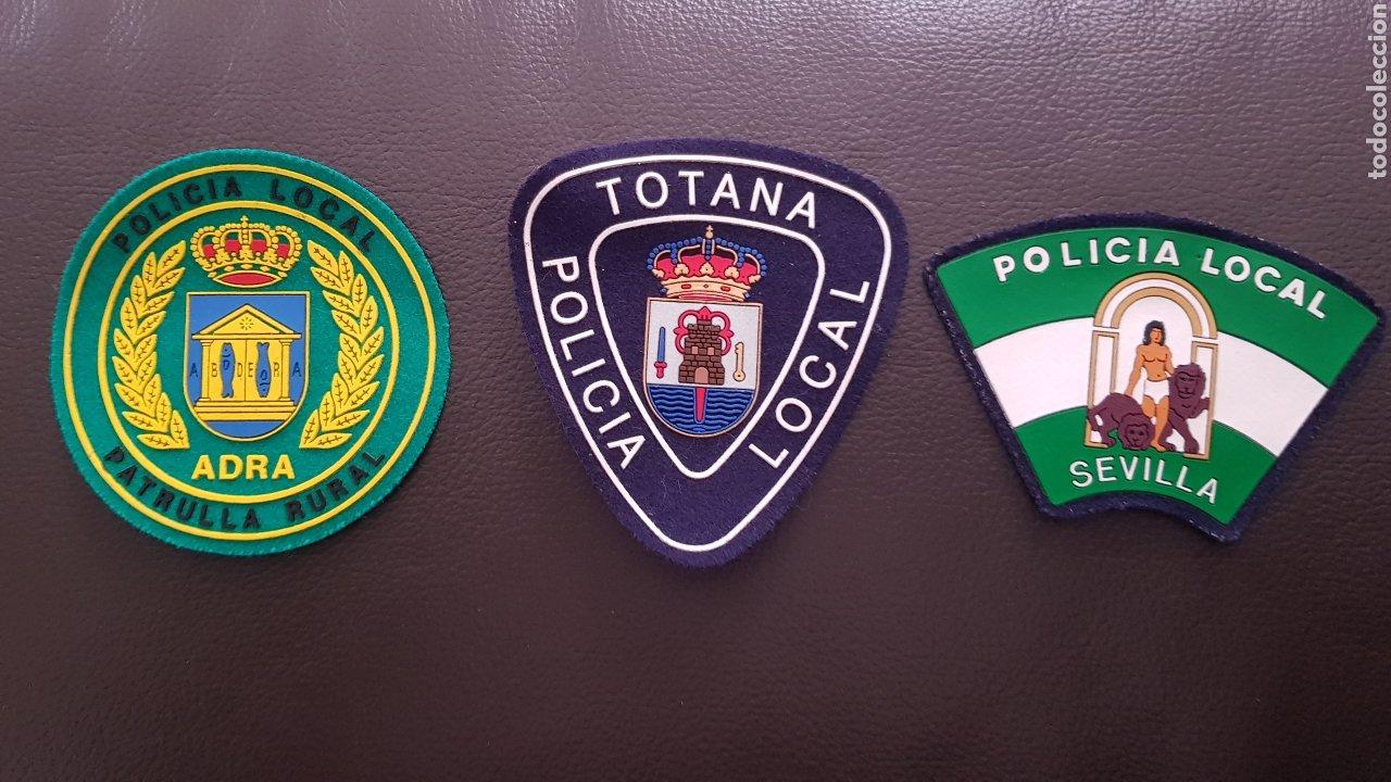 LOTE DE PARCHES DE PECHO DE LA POLICÍA LOCAL EN EXCELENTE ESTADO ( SE PUEDEN VENDER SEPARADOS) (Militar - Parches de tela )