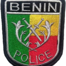 Militaria: PARCHE INSIGNIA EMBLEMA POLICIA NACIONAL DE BENIN EB01318. Lote 211706346