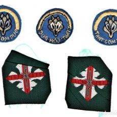 Militaria: BOY SCOUTS,5 INSIGNIAS DE TELA AÑOS 60,MINYONS ESCOLTES DE CATALUNYA PARA GORRA,CAMISA.UNIFORME,VIC. Lote 190008396