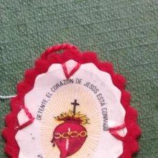 Militaria: ANTIGUO DETENTE BALA CORAZON DE JESUS. Lote 191238335