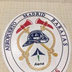 Militaria: PARCHE BOMBEROS AEROPUERTO DE BARAJAS MADRID. Lote 196784831