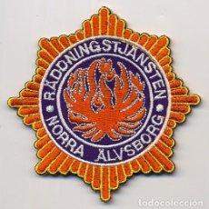 Militaria: PARCHE BOMBERO NORRA ALVSBORG - SUECIA - RADDINGSTJASTEN. Lote 215958387