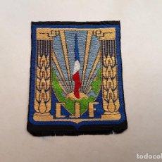 Militaria: FRANCIA : PARCHE DE CHANTIERS DE JEUNESSE FRANÇAIS (CJF), ORGANIZACIÓN DEL GOBIERNO DE VICHY 1940-44. Lote 217370231