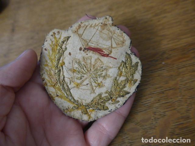 Militaria: Antiguo y raro parche bordado de transmisiones de Alfonso XIII, original. - Foto 9 - 219893338