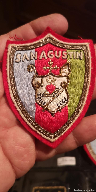 ANTIGUO ESCUDO BORDADO DEL COLEGIO SAN AGUSTÍN (Militar - Parches de tela )
