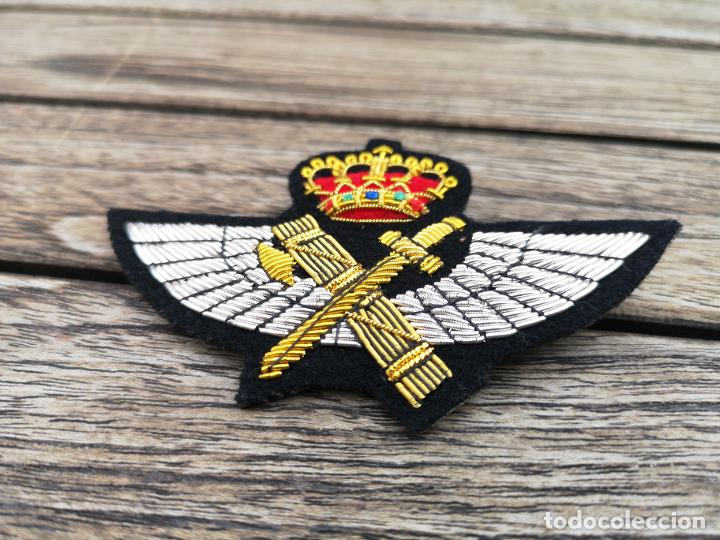 Militaria: Alas de Piloto de la GUARDIA CIVIL bordado con hilo metálico - Foto 2 - 221411137