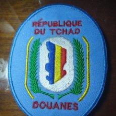 Militaria: PARCHE POLICIA DE ADUANAS DOUANES DE REPUBLICA DEL CHAD . EMBLEMA, ESCUDO AFRICA. Lote 222991681