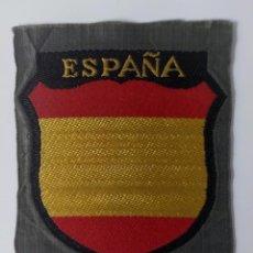 Militaria: PARCHE ESCUDO BEVO DIVISIÓN AZUL ORIGINAL 100 X 100. Lote 222132115