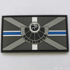 Militaria: PARCHE POLICÍA ERTZAINTZA, BANDERA BLUE LINE 9X 5 CMS. PVC 2D CON VELCRO. Lote 224722023