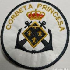 Militaria: PARCHE EMBLEMA BORDADO DE BRAZO A COLOR DE LA CORBETA PRINCESA. Lote 229310555