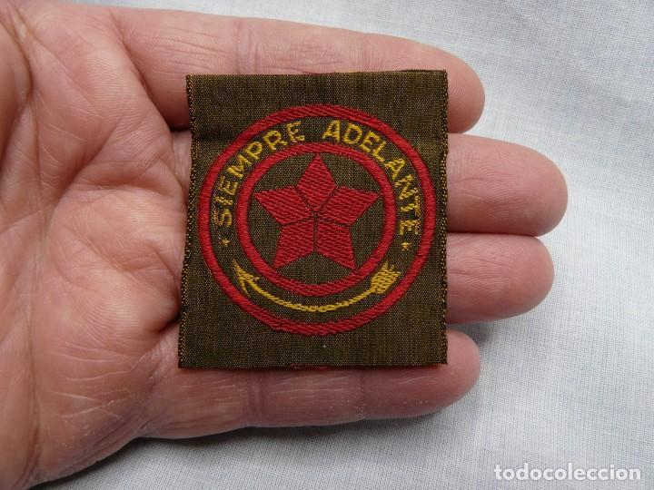 Militaria: SCOUT PARCHE DE TELA BOY SCOUT AÑOS 30 SIEMPRE ADELANTE - SCOUTS ESPAÑA - Foto 2 - 244864410