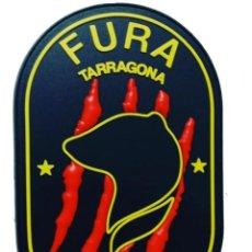 Militaria: PARCHE POLICÍA MOSSOS D'ESQUADRA (FURA TARRAGONA) PVC 3D CON VELCRO. Lote 296728543