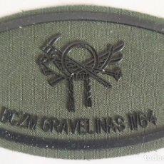 Militaria: PARCHE EMBLEMA DE PECHO VERDE FAENA BCZM GRAVELINAS II/64. Lote 278432158