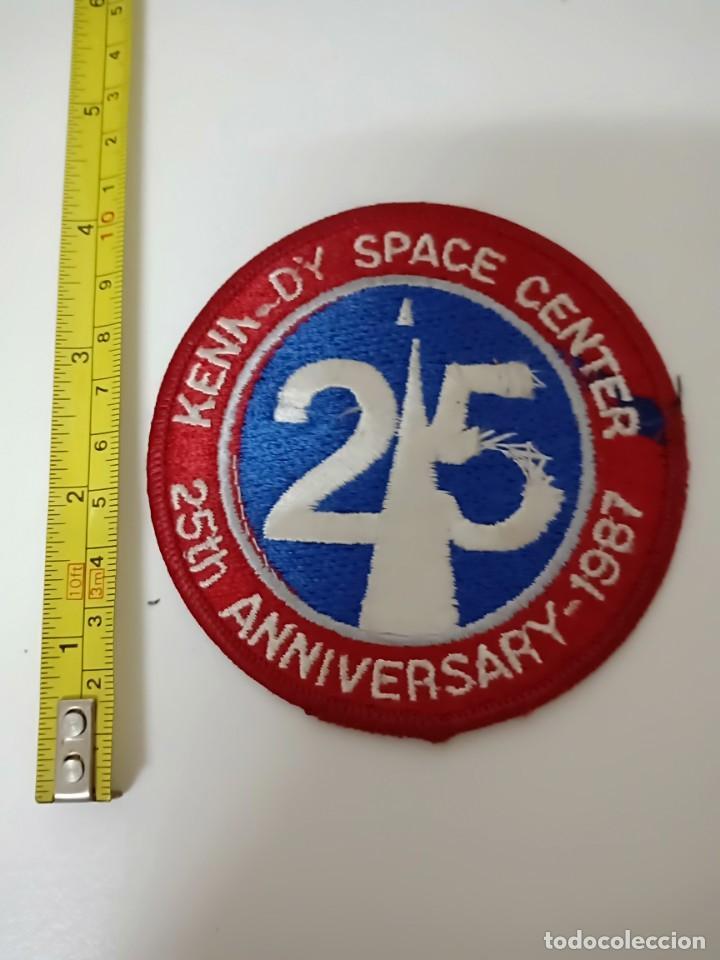 PARCHE MILITAR 25TH ANNIVERSARY 1987 KENNED SPACE CENTER (Militar - Parches de tela )