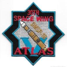Militaria: PARCHE USAF 30 SPACE WING ATLAS DMSP 18. Lote 279565318