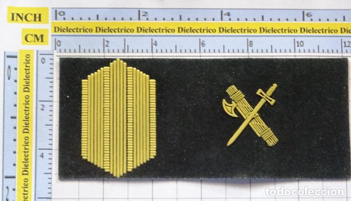 ANTIGUO PARCHE GALLETA EMBLEMA DE PECHO MILITAR. GUARDIA CIVIL. CABO (Militar - Parches de tela )