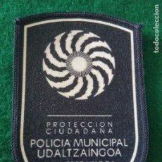 Militaria: PARCHE POLICÍA MUNICIPAL UDALTZAINGOA VITORIA GASTEIZ POLICÍA LOCAL. Lote 295478578