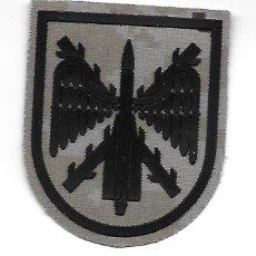 Militaria: PARCHE ET MANDO DE ARTILLERÍA ANTIAÉREA ARIDO PIXELADO. Lote 295772688