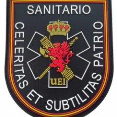 Militaria: PARCHE POLICÍA , GUARDIA CIVIL UEI SANITARIO (PVC 2D CON VELCRO). Lote 296729413