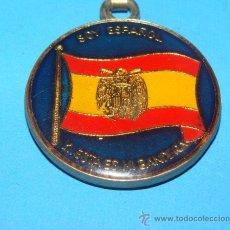 Militaria: LLAVERO POLÍTICO / MILITAR. BANDERA FRANQUISTA. SOY ESPAÑOL Y ESTA ES MI BANDERA. AÑOS 60 70. . Lote 28206542