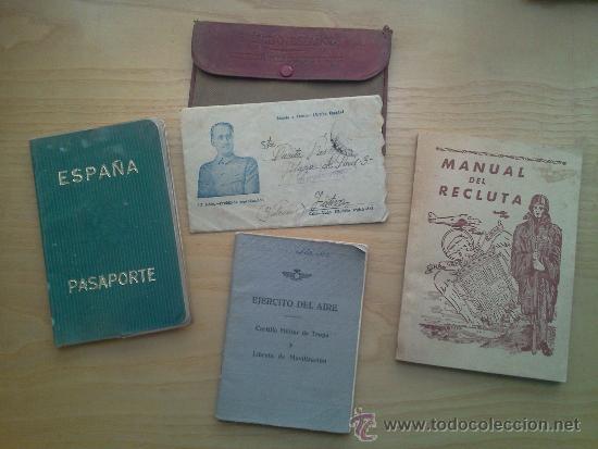 LOTE DE DOCUMENTOS Y CARTILLAS MILITARES (Militar - Propaganda y Documentos)