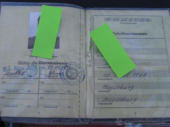 CARTILLA MILITAR DE UN RECLUTA. ALEMANIA ORIENTAL. 1978. (Militar - Propaganda y Documentos)