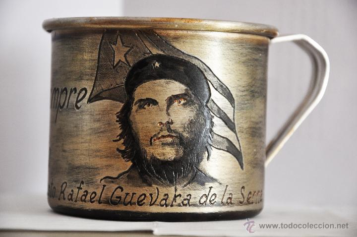 TAZA CUBANA .ERNESTO GUEVARA .HECHA A MANO. (Militar - Propaganda y Documentos)